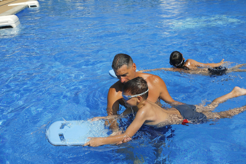 уроци по плуване Монтесито