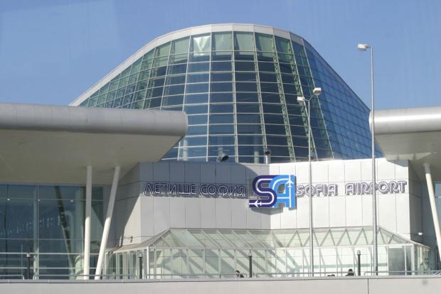 Резултат с изображение за снимки летище софия