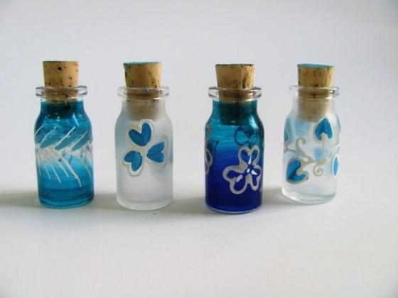 стъклено шишенце с послание