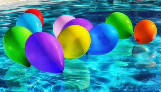 детски рожден ден на открито с басейн