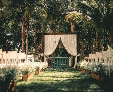 Пролетна сватба на открито – предимства и недостатъци