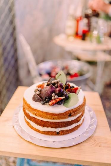 малка сватбена торта