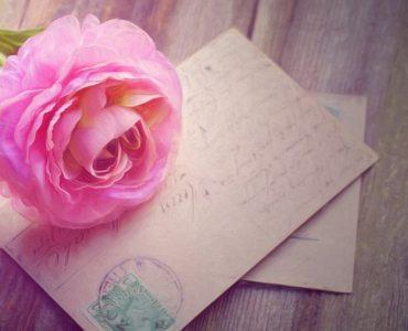 Покани за сватба: избор, съвети, тенденции