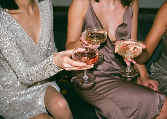 коктейли и забавления