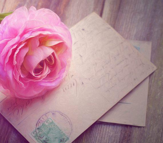 Пожелания за сватба: какво да напишем на сватбена картичка?