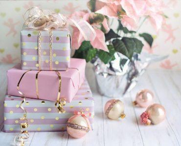 Семейни подаръци за Коледа – интересни идеи и полезни съвети
